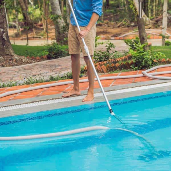 Ordinary & extraordinary pool maintenance in Porto Cervo